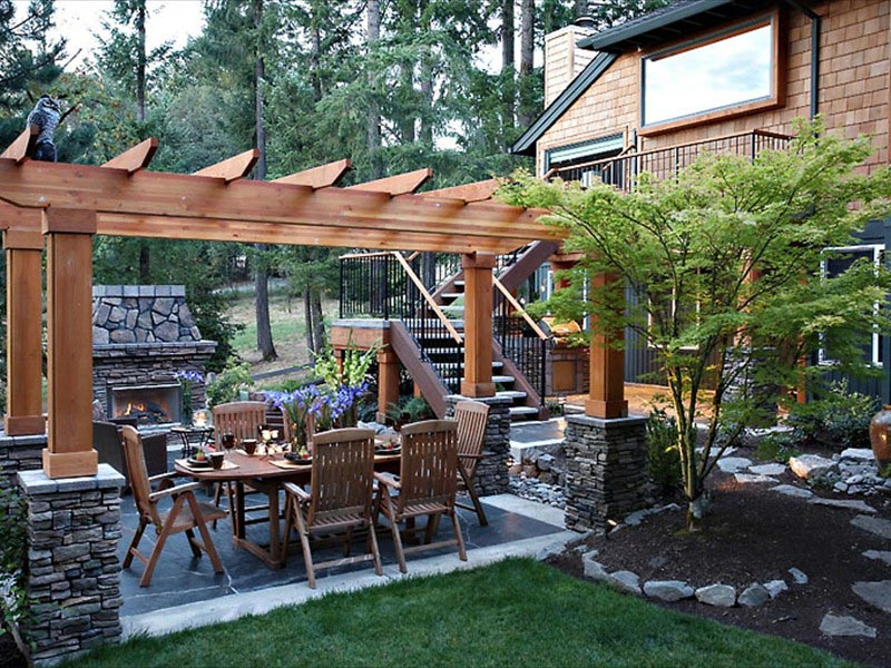 Backyard-Landscaping-Pictures