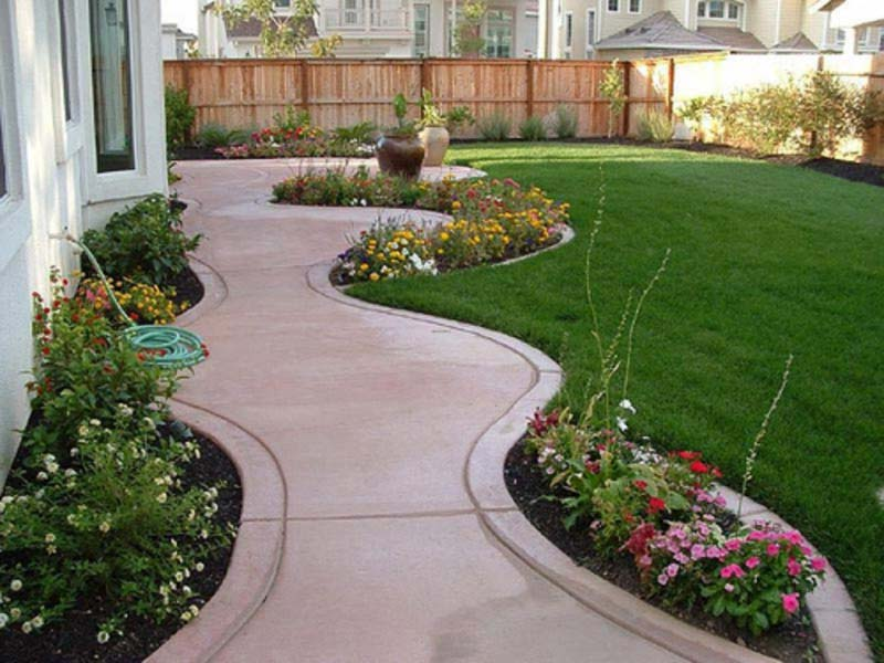 Cheap-Landscaping-Ideas-For-Small-Front-Yard