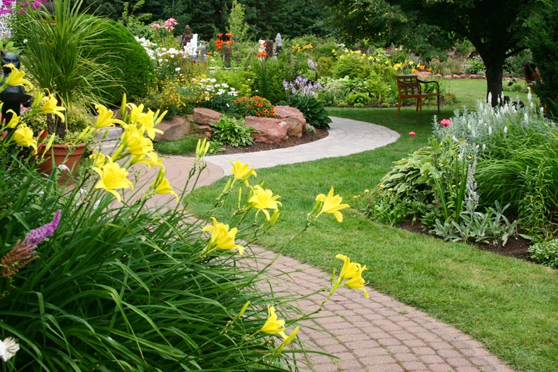 Cheap-Landscaping-Toronto