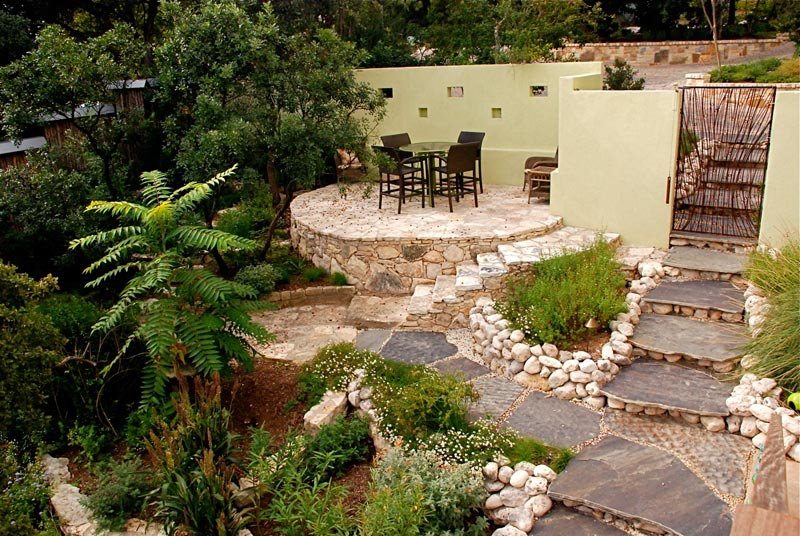 Cheap-Patio-Landscaping-Ideas