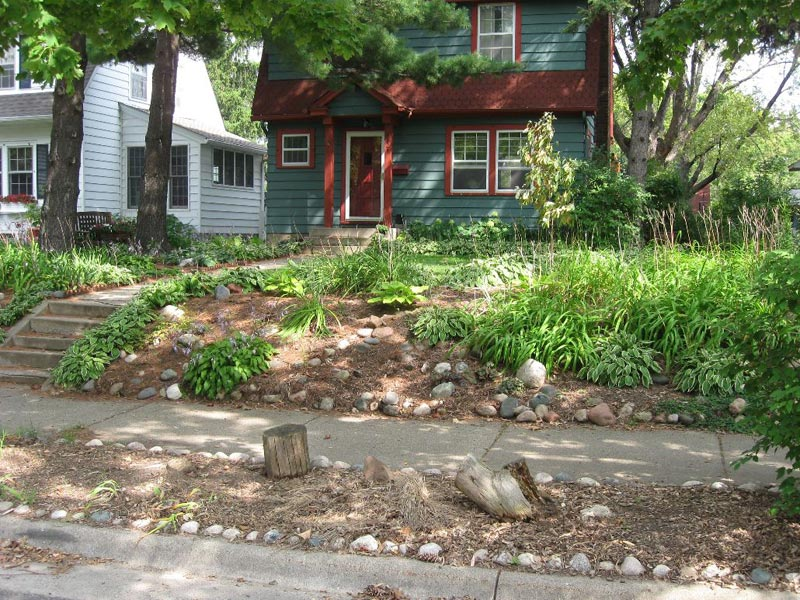Curb-Appeal-Landscaping-Ideas