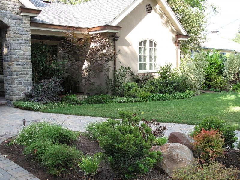 Curb-Appeal-Landscaping-Pictures