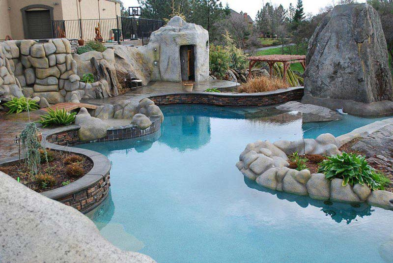 Desert-Landscaping-And-Pools