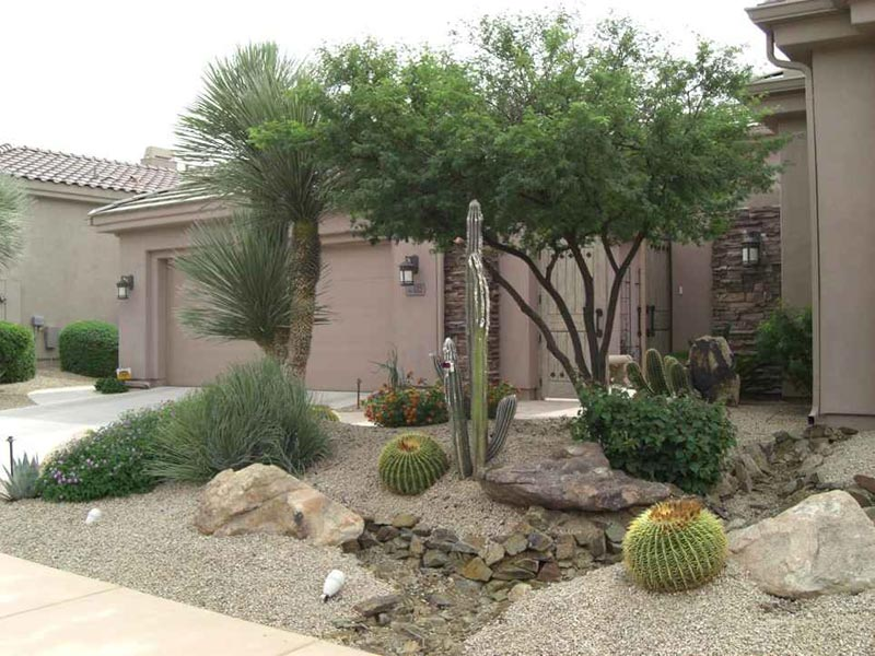 Desert-Landscaping-Rocks
