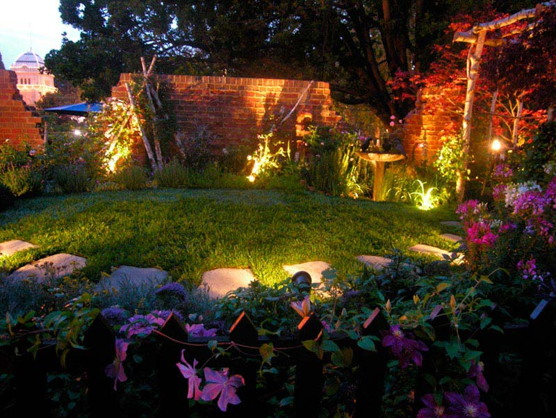 Diy-Landscape-Lighting-Design