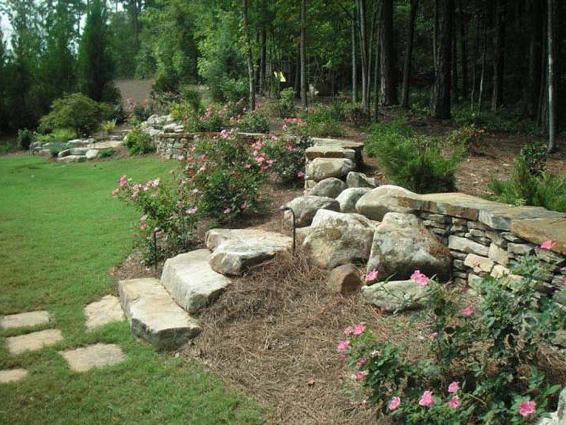 Hillside-Landscaping-Ideas-Photos