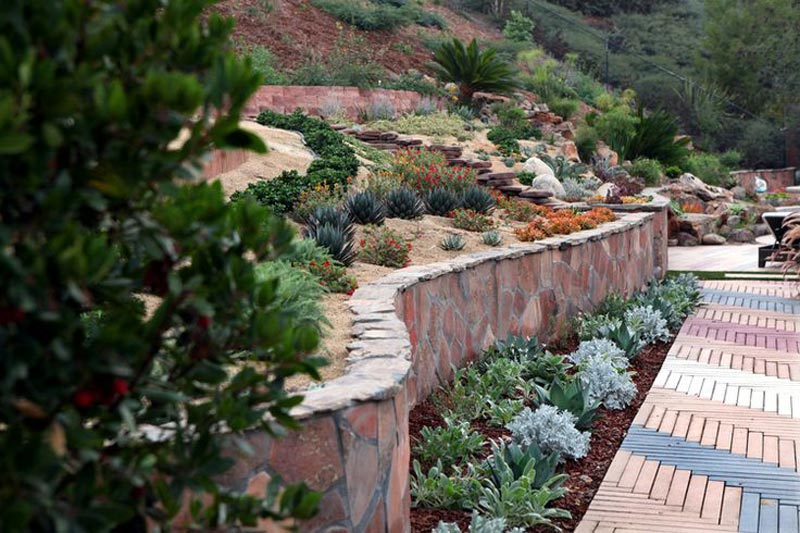 Hillside-Landscaping-Steps
