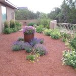 How-To-Landscape-Your-Yard-With-Gravel