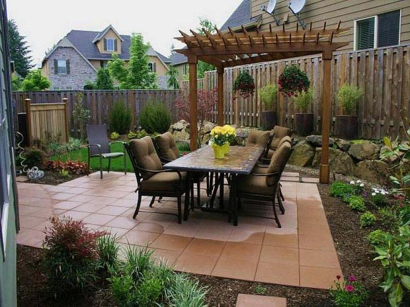 Inexpensive-Backyard-Landscaping-Ideas