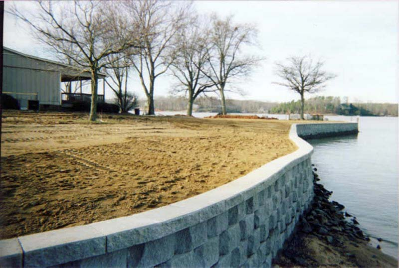 Lake-Retaining-Wall-Ideas