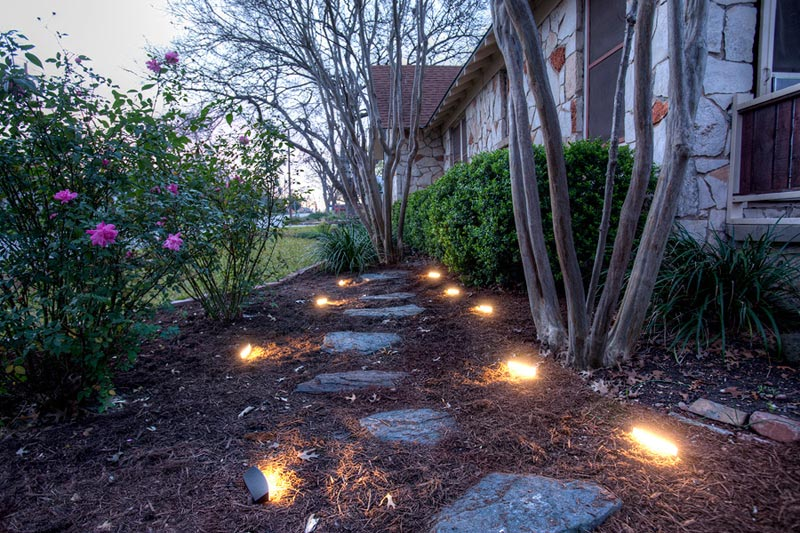 Landscape-Lighting-Lowes
