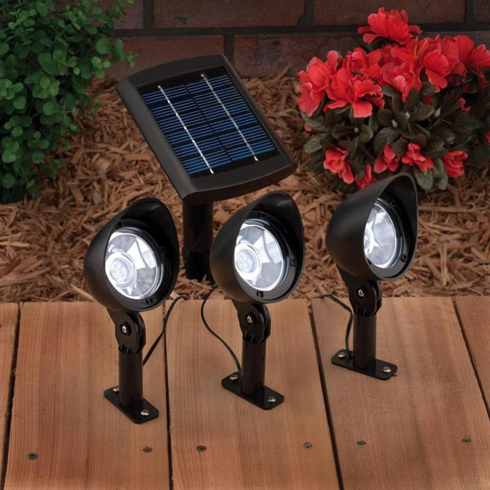Landscape-Lighting-Solar