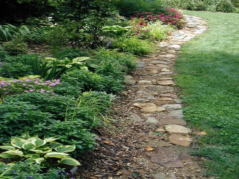 Landscaping-Edging-Ideas-With-Stone