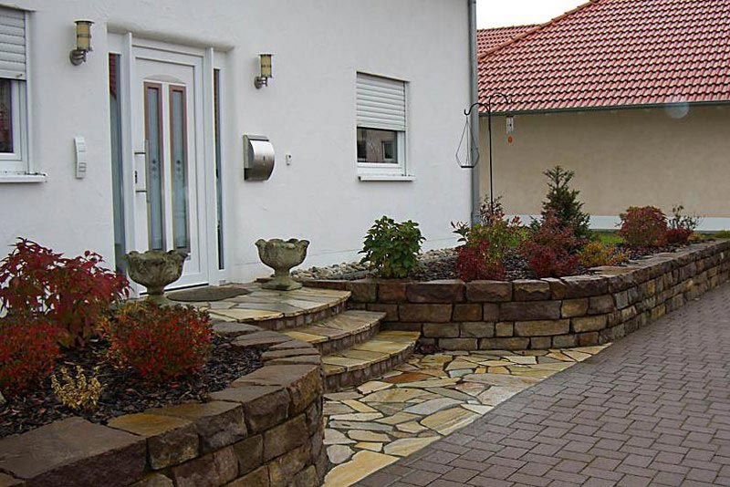 Landscaping-Ideas-For-Front-Yard