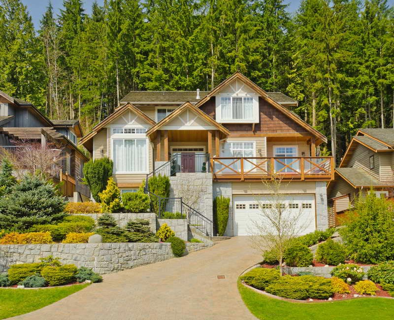 Landscaping-Ideas-For-Large-Front-Yard