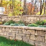 Outdoor-Retaining-Wall-Ideas