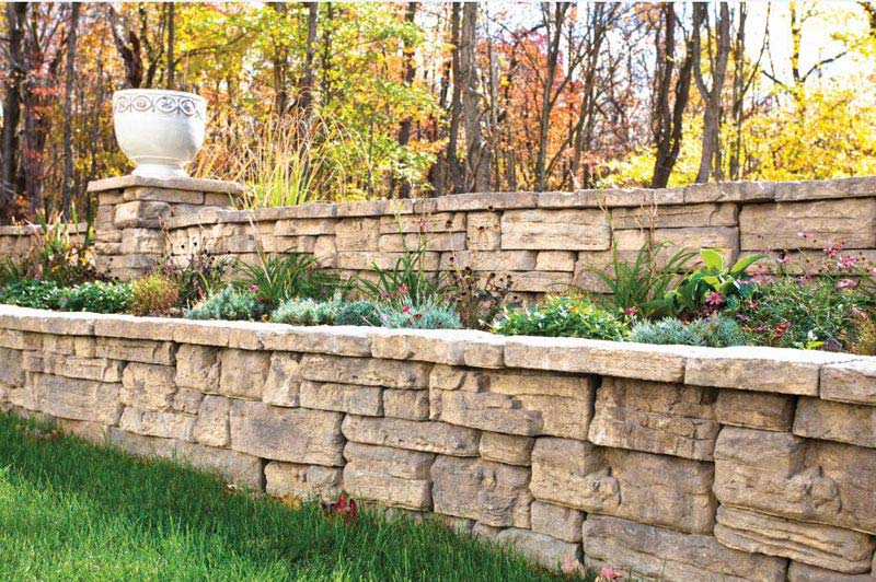 Outdoor-Retaining-Wall-Ideas
