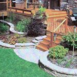 Retaining-Wall-Landscaping-Ideas