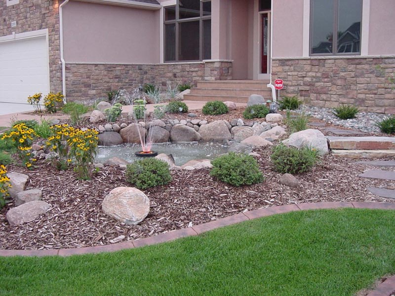 Desert Landscaping Ideas For Front Yard Part - 42: Front Yard Landscaping Ideas To Make Your Yard Environment Appealing