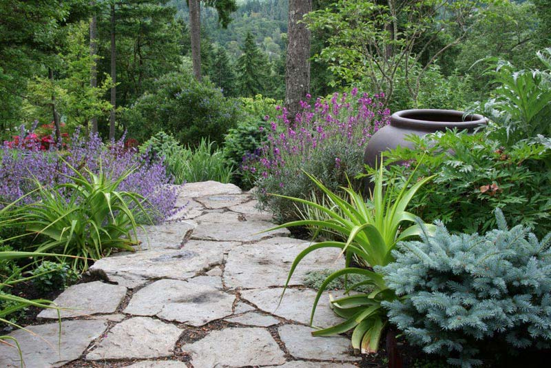 Sustainable-Landscape-Design-Queen