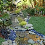 Backyard-Landscaping-Ideas-With-Rocks