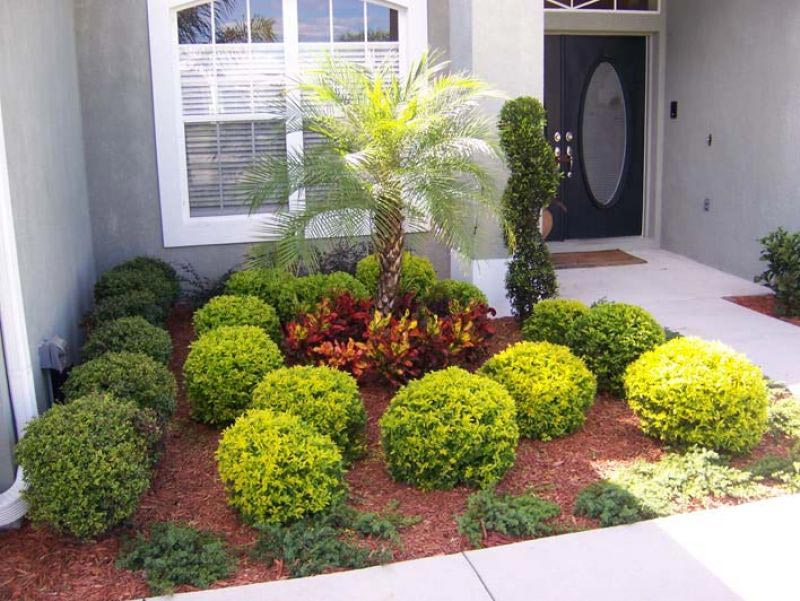 Front-Yard-Landscaping-On-A-Budget