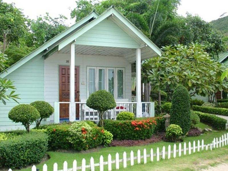 Small-Front-Yard-Fence-Ideas