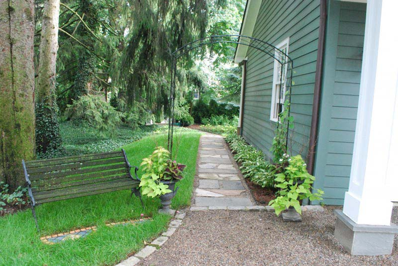 How to make an apply unique side yard landscaping ideas for Side yard landscaping ideas