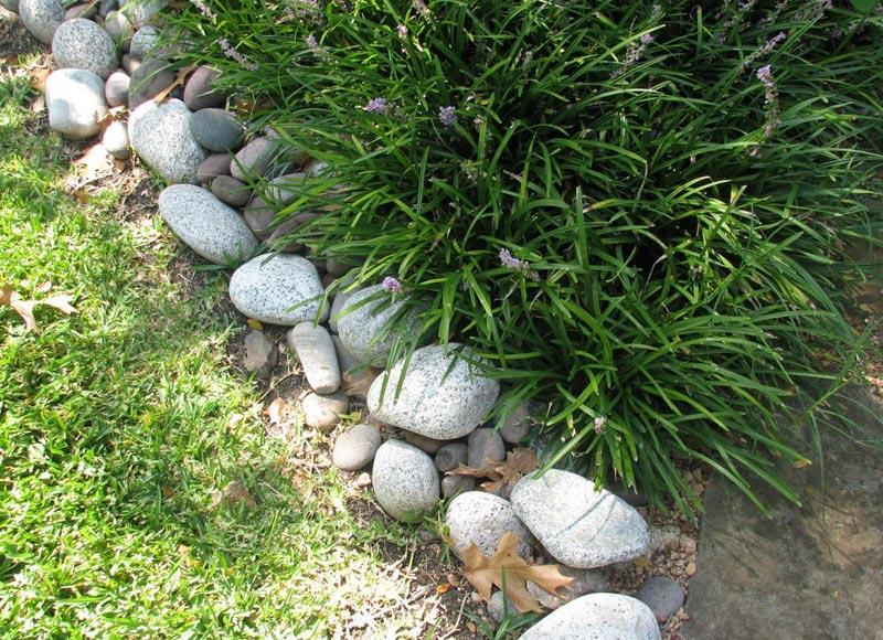 Lawn-Edging-Stones