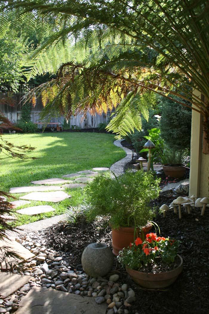 Narrow Side Yard Landscaping
