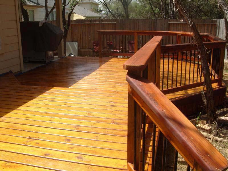 Side-Yard-Deck-Ideas