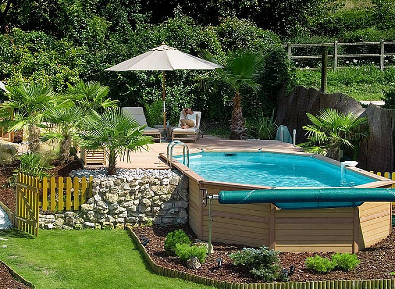 Above-Ground-Pool-Landscape-Design
