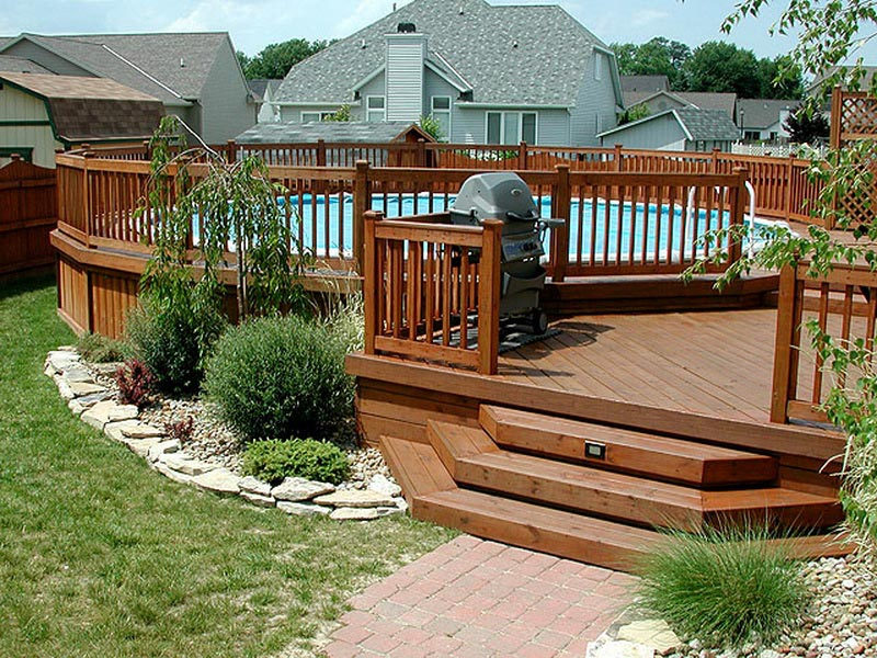 Above-Ground-Swimming-Pool-Landscaping-Pictures