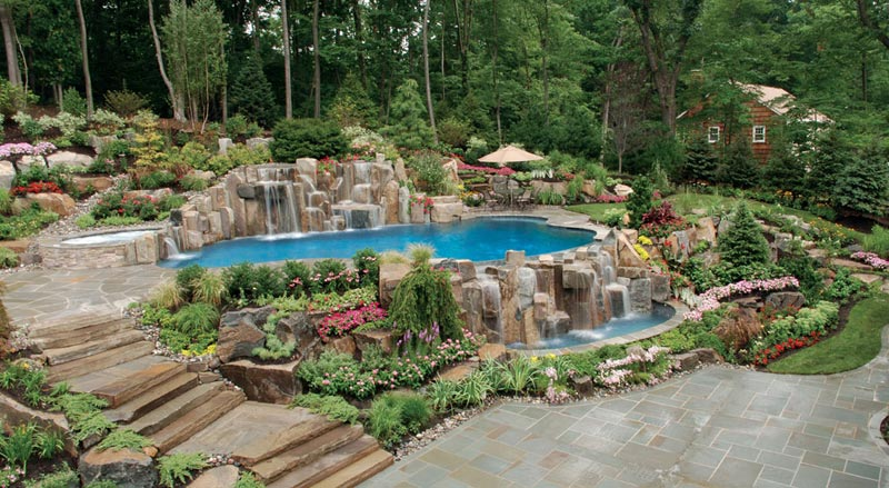Landscaping-Around-A-Pool-With-A-Slope