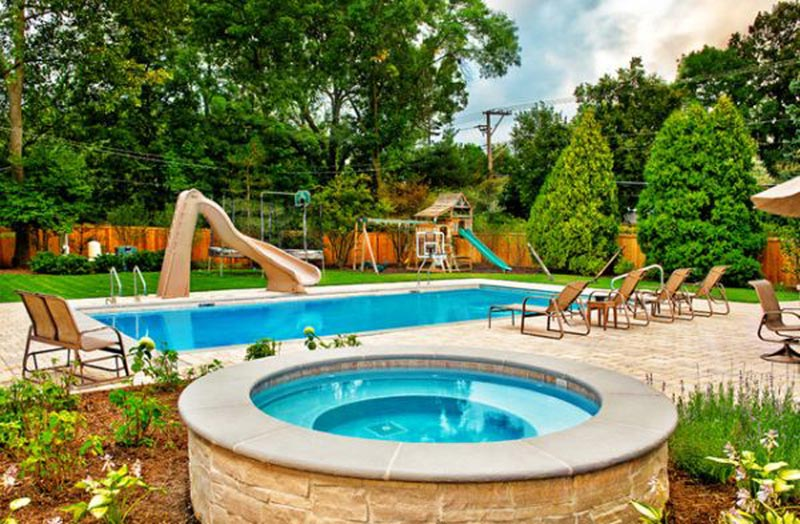 Landscaping-Ideas-Around-A-Inground-Pool