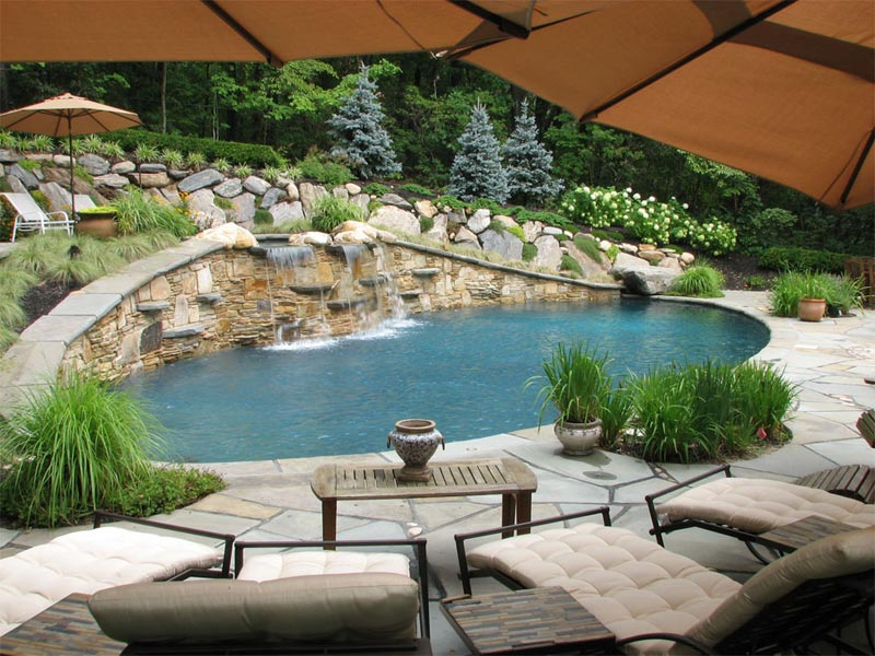 Swimming-Pool-Landscaping-Images