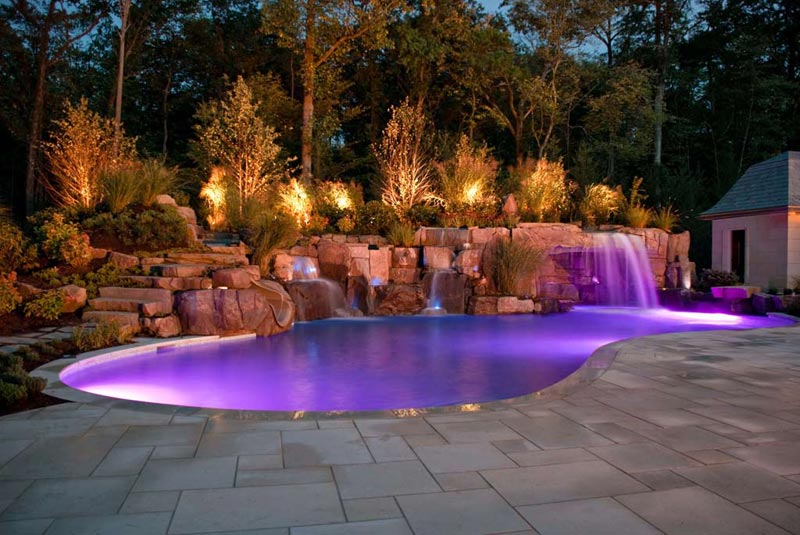 Swimming-Pool-With-Landscape-Design