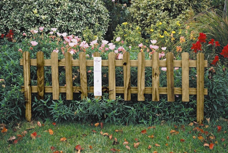 Garden-Ideas-Fence-Borders