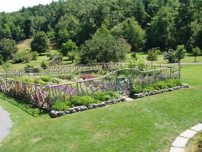 Inexpensive Garden Fencing Ideas Landscape Design