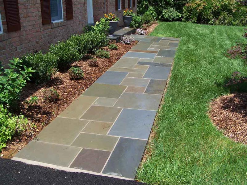 Flagstone-Walkway-Designs