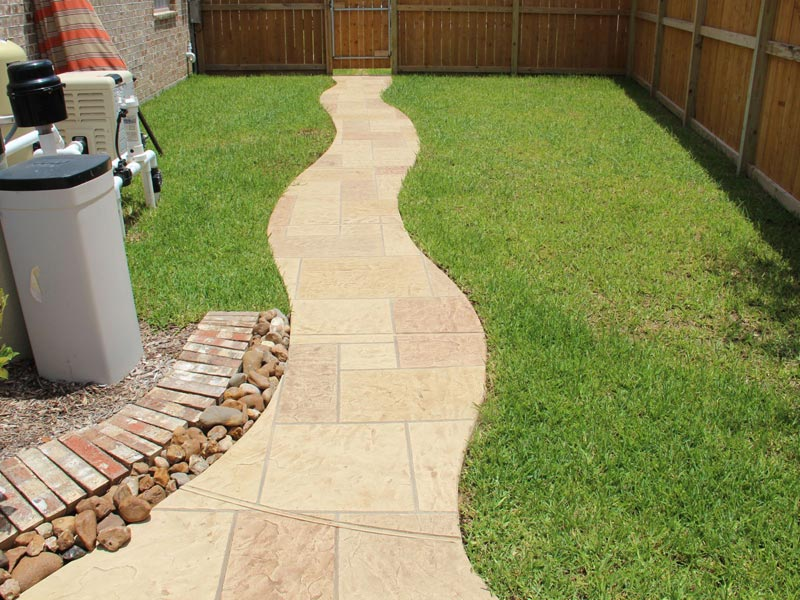Outdoor-Walkway-Designs