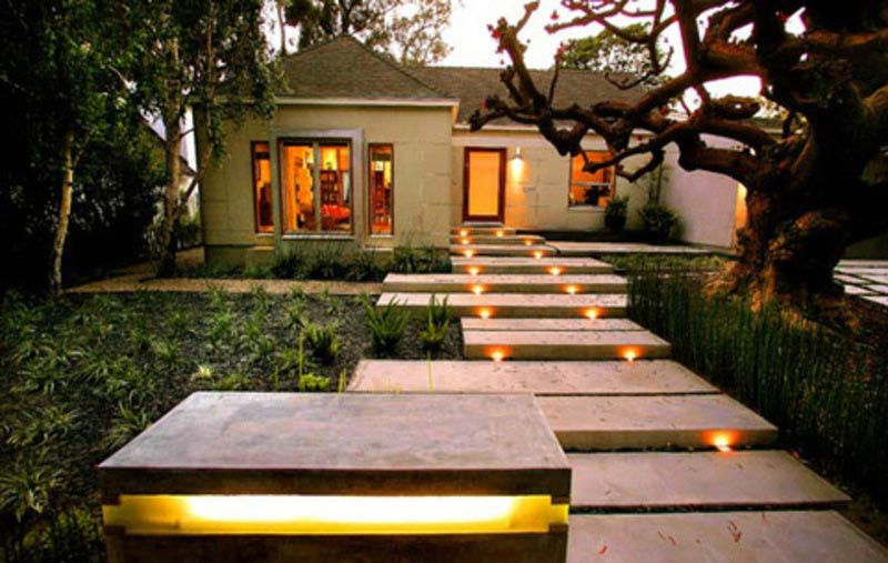 Walkway-Lighting-Design