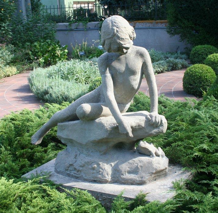garden-statuary-denver