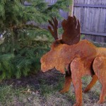 metal-moose-lawn-ornaments