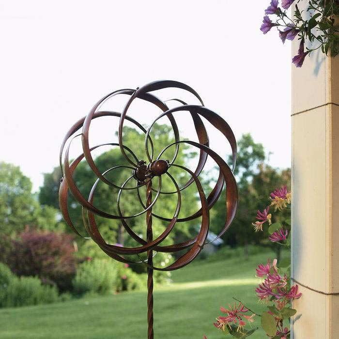 metal-wind-lawn-ornaments