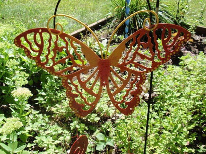 steel-lawn-ornament-art