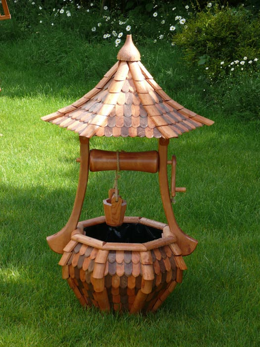 small-wooden-wishing-well
