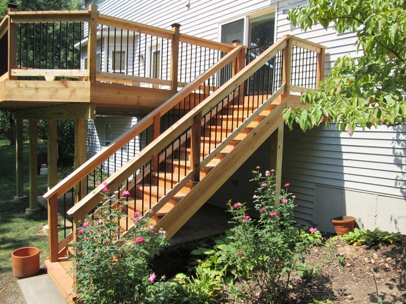 building-deck-stairs-on-a-budget