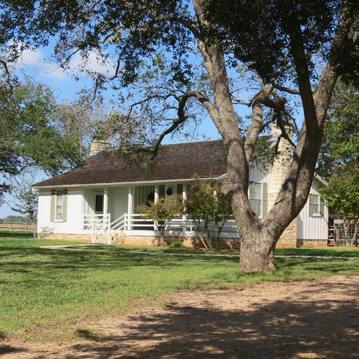 cabin-style-homes-austin-tx
