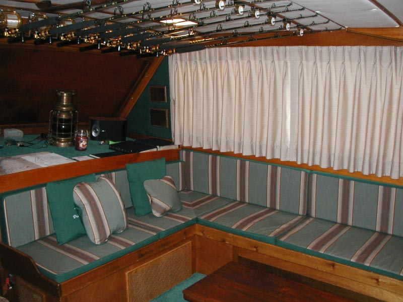 boat-cabin-curtains